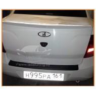 Накладка на задний бампер (АБС) Лада Гранта (седан) с 2011 г.в.